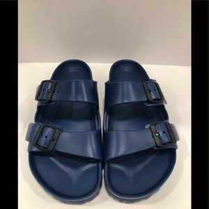 Birkenstock essentials Arizona blue sandals 9M/11W
